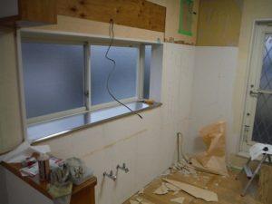 キッチンパネルの撤去も完了