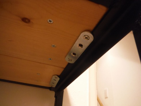 天板の固定