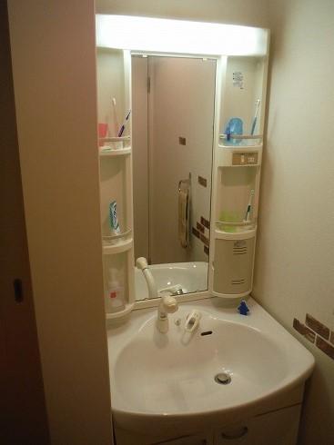 古い洗面台の写真