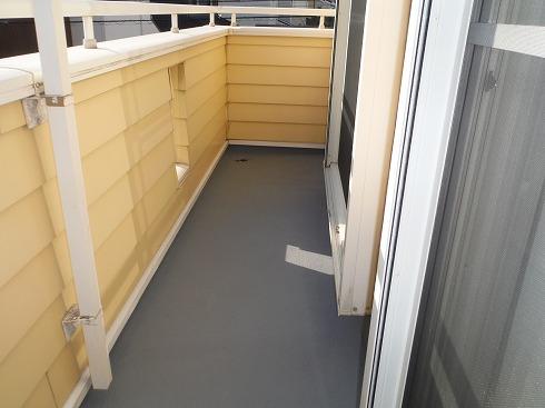 ベランダの床を再塗装 完成です